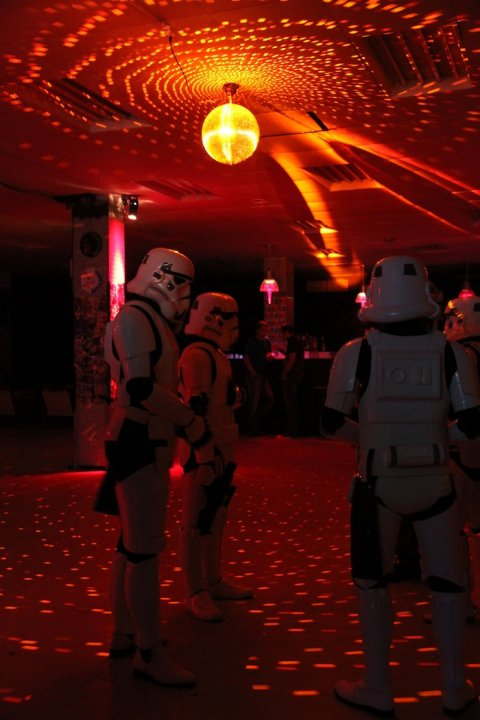 Disco-Troops